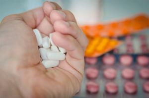 Un farmaco su due è assunto male, 195.000 morti in Ue