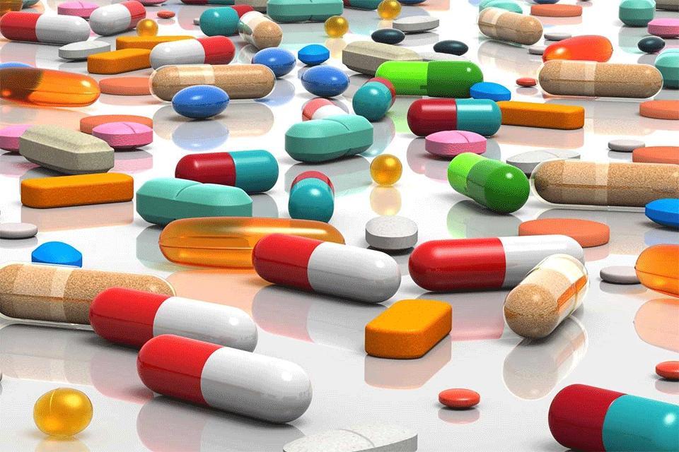 Farmaci, in 10 anni le sperimentazioni in Italia diminuite del 40%